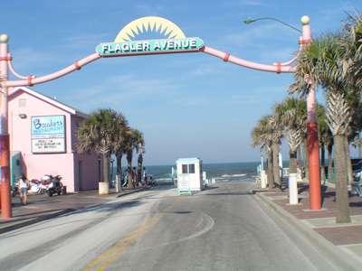 Flagler Avenue Shops New Smyrna Beach
